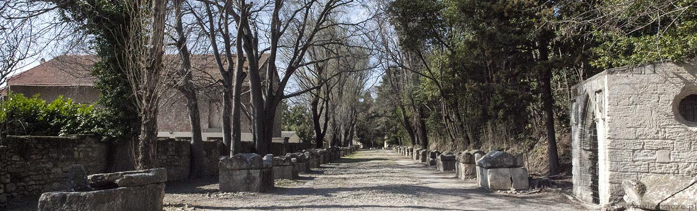najstarszy cmentarz średniowieczny